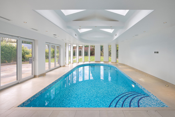 Home – Swimming Pool